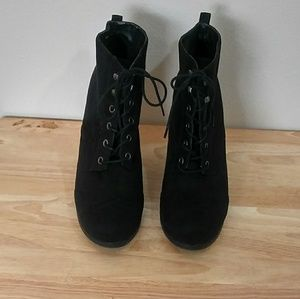 Mossimo Supply Co. Lace Up Ankle Boots